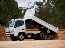White washed sand (Lwera)- Forward Truck